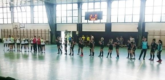 Továbbjutás a Magyar Kupában – 28 gólos győzelem